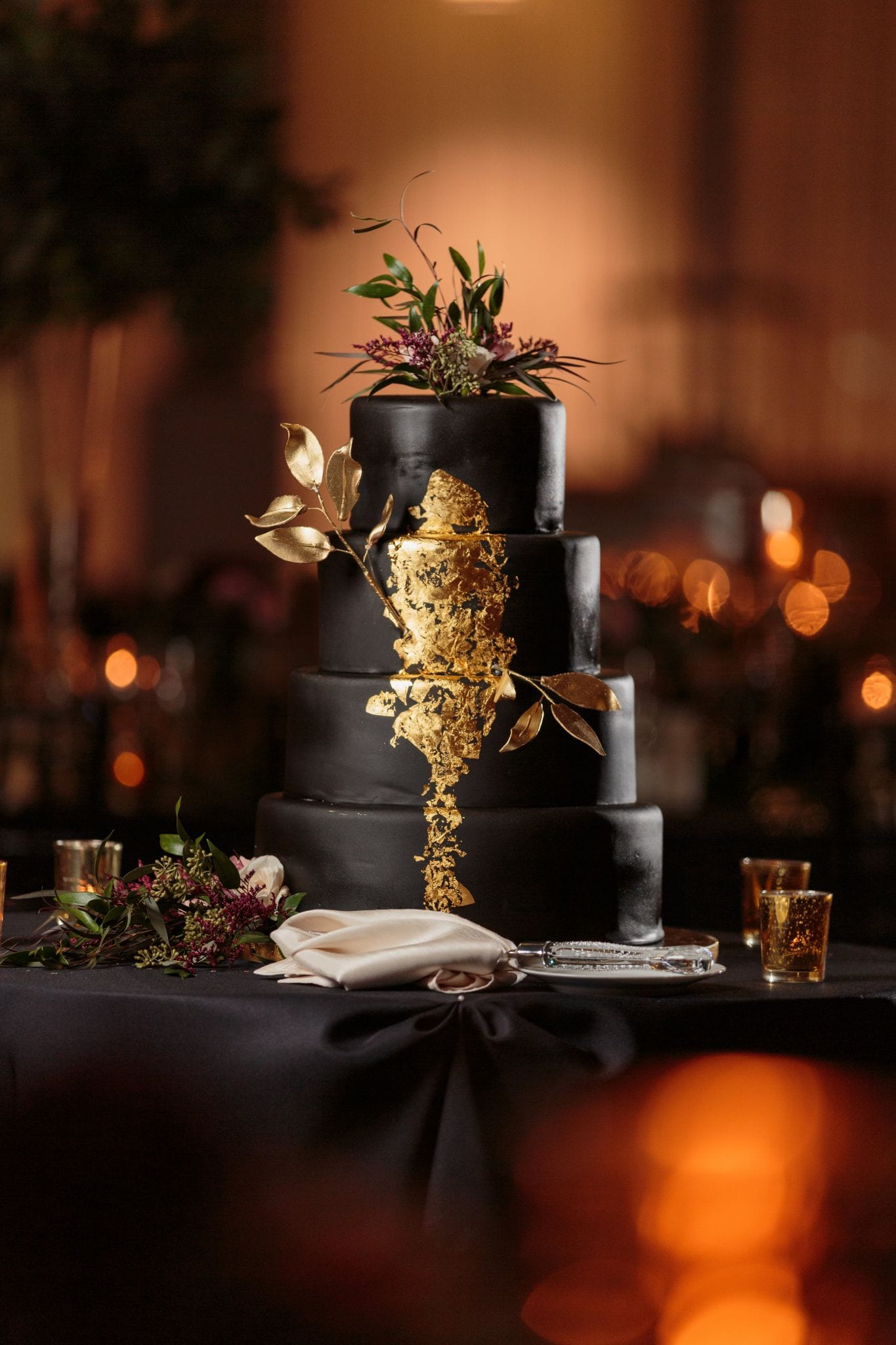 Black and Gold Wedding Cake - Wes Craft Photography